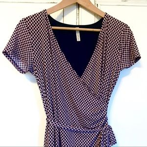 LIKE NEW. GILLI  navy and pink wrap dress